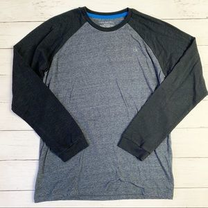 4/$15:: Calvin Klein Jeans long sleeve t-shirt